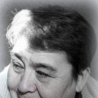 Старшая  сестра. :: Андрей Смирнов