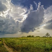 Дорога в грозу :: Валерий Наумов