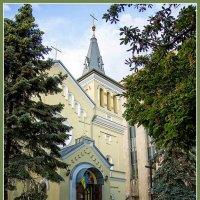 Католический храм :: Юрий Муханов