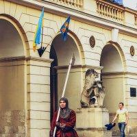 Львов.Как и 300 лет назад, охраняется наш град :: Виктор
