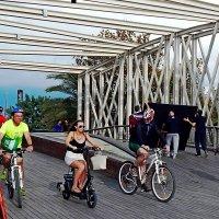 Велосипедисты в Барселоне :: Ирина Kivi