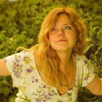 Портрет в саду :: Александр Белышев