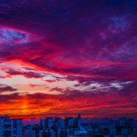 Тревожный закат :: Михаил Бояркин