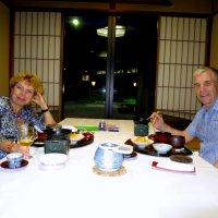 Ужин в отеле в японском стиле :: Геннадий Мельников