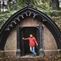 В Шуваловском парке :: Ева Олерских