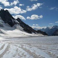 вниз с ледника Легзыр :: Ларико Ильющенко
