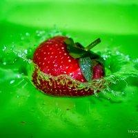 hellish strawberry :: Вероника Галтыхина