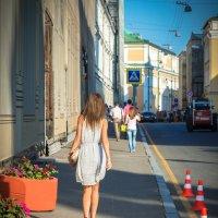 По переулкам ходит лето..... :: Максим Коротовских