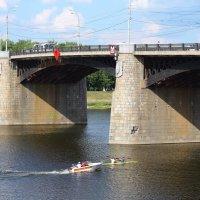 Мост, лодки :: Ольга Крулик