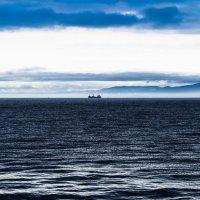 Корабли постоят и ложатся на курс 1 :: Евгений Поварёнков
