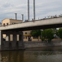 на мосту... :: Галина R...