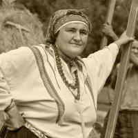 Пока есть женщина такая, врагам Россию не сломить! :: Ирина Данилова