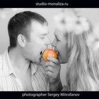 Яблочко АДАМА :: Сергей Митрофанов