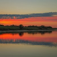Симметрия воды и неба. :: Виктор Грузнов