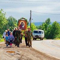 Перенесение иконы из Ильинского в Сретенское :: Валерий Симонов