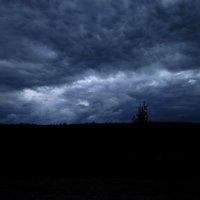 Мрачное небо... :: Павел Зюзин