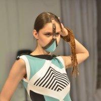 Мода в мегаполисе :: Михаил Тищенко