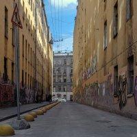 Переулок :: Valeriy Piterskiy