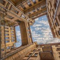 Дом на Кирочной 24 (завершение серии) :: Владимир Горубин