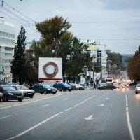 Октябрьская площадь :: Дмитрий Богатырев
