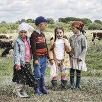 Дети села Потеряевка... :: Александр Волобуев