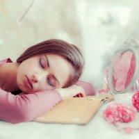 Сон в летнюю ночь :: Максим Калмыков