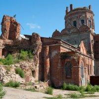 Руины :: Виталий Неизвестный