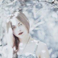 Дыхание зимы во время жаркого лета :: Марьяна Медичи