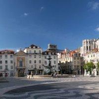 Площадь Россиу в Лиссабоне :: Larisa Ulanova