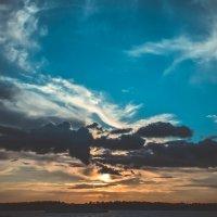 Набережная, закат. :: Валерия Сивел