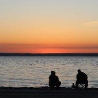 Рыбалка на закате на Оби :: Рустам Илалов