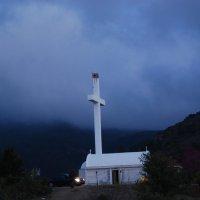 Церковь в горах Троодос. Кипр. :: Нелли *