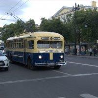 Троллейбус МТБ-82 :: Александр Петров