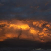 Закат над Москвой :: Павел Голубев