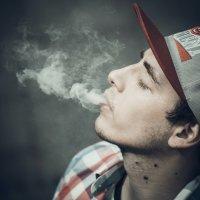 Смотри,  Я тоже умею делать облака! :: Михаил Жгулёв