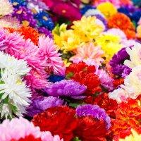 цветы искусственные :: Aleksandr Zubarev