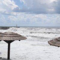 Шторм на Черном море Лазаревское 21.06014 :: Сергей Бутусов