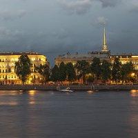Английская набережная вечером :: Valerii Ivanov