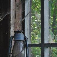 Фотографирую керосиновую лампу и никого не трогаю... :: Сергей Коновавлов