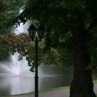 В тени парка :: Михаил Новиков