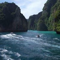 Про острова и кораблики. :: Рай Гайсин