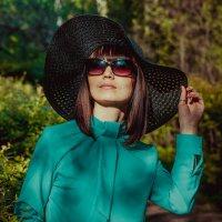 Девушка в шляпе :: Анастасия Ефремова