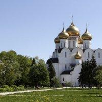 Успенский кафедральный собор в Ярославле :: OlegVS S