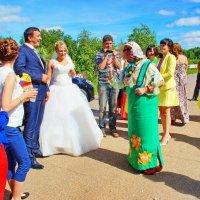 Встреча свадебного поезда :: Валерий Симонов