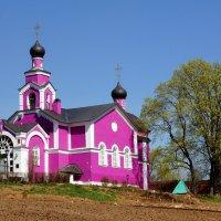 Крестовоздвиженский храм :: Igor Khmelev