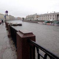 Фонтанка. Дождь :: Yulianna Yanvarskaya