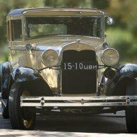 старый форд ещё очень бодр. :: Андрей Печерский