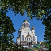 Дорога к храму :: vladimir Bormotov