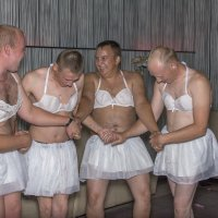 Репетиция (танец белых коней) :: Алексей -