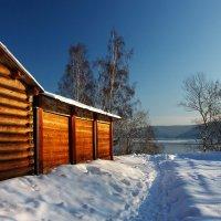 Там теплый свет струится средь зимы... :: Александр | Матвей БЕЛЫЙ